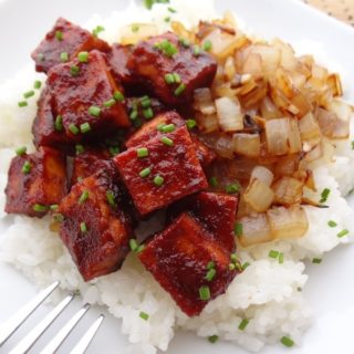 Baked BBQ Tofu with Caramelized Onions