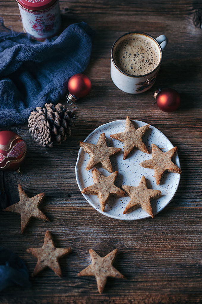 Vegan Holiday Cookie - Star shaped Almond Cinnamon Christmas Cookies